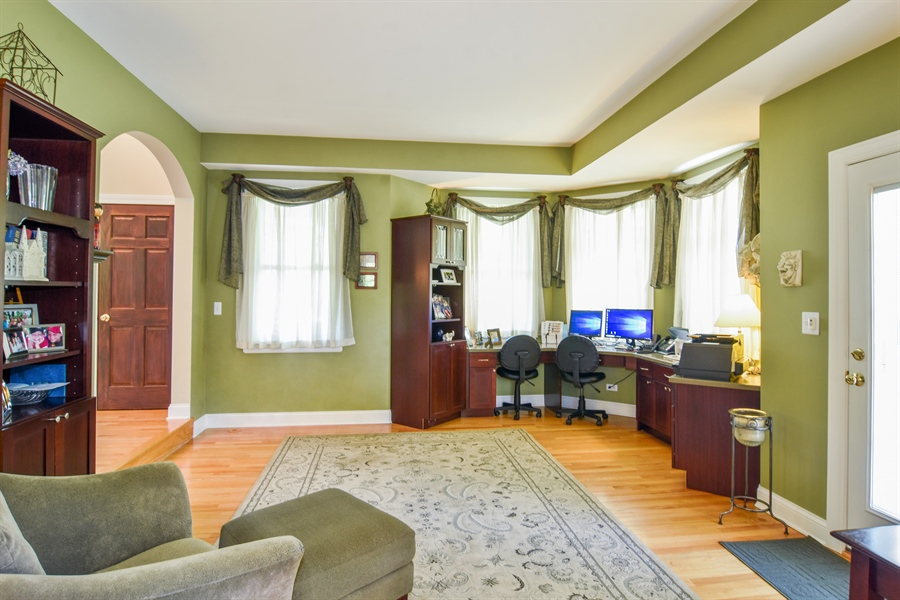 Real Estate Photography - 848 W Kenilworth, Palatine, IL, 60067 - Living Room