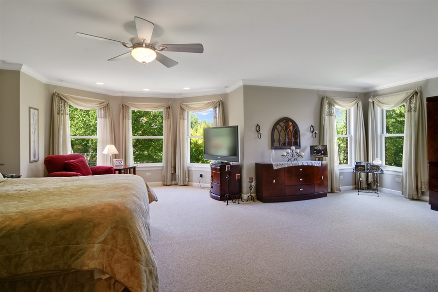 Real Estate Photography - 848 W Kenilworth, Palatine, IL, 60067 - Master Bedroom