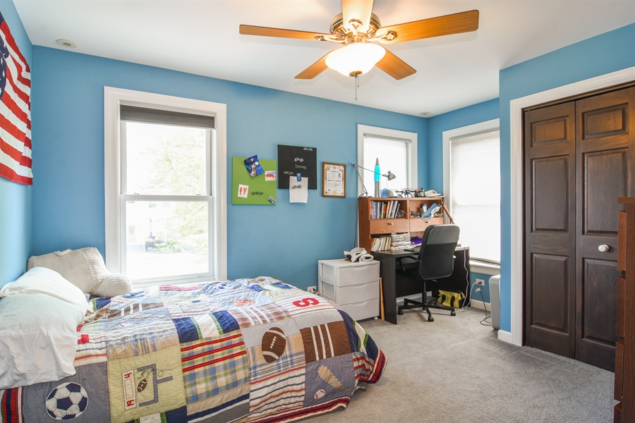 Real Estate Photography - 848 W Kenilworth, Palatine, IL, 60067 - 2nd Bedroom