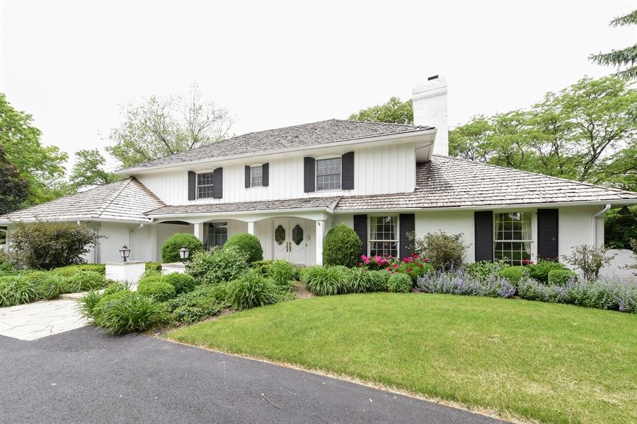 Real Estate Photography - 82 Baybrook Lane, Oak Brook, IL, 60523 - Front View