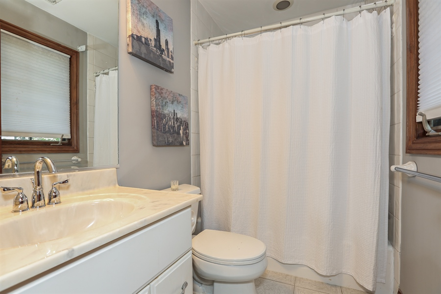 Real Estate Photography - 816 timber ridge court, westmont, IL, 60559 - 3rd Bathroom