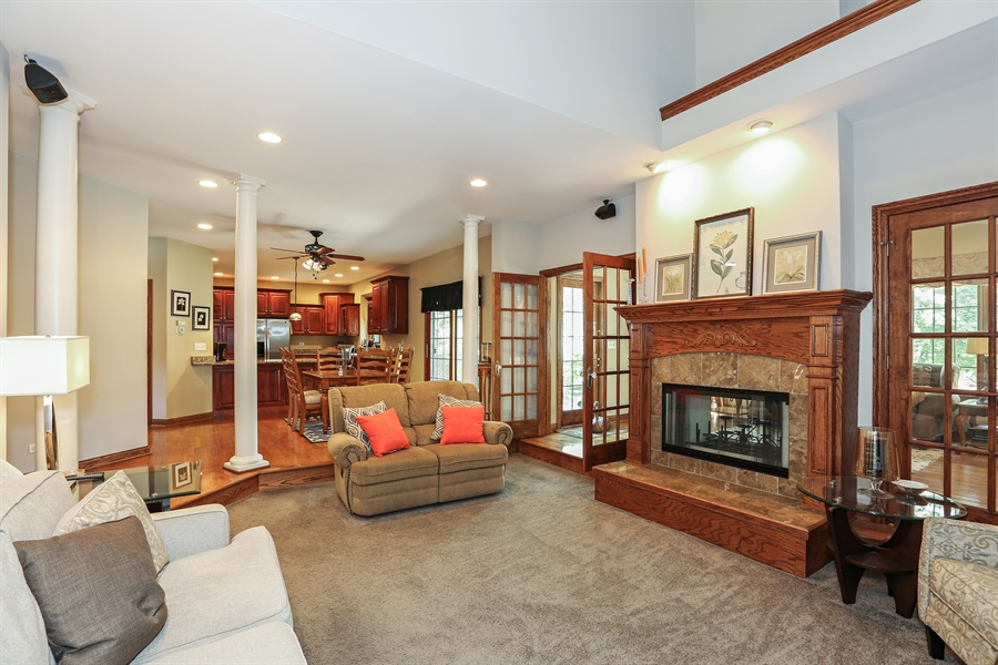 Real Estate Photography - 816 timber ridge court, westmont, IL, 60559 - Family Room