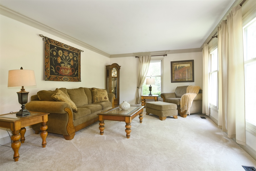 Real Estate Photography - 2 Pine Valley Rd, Rolling Meadows, IL, 60008 - Living Room