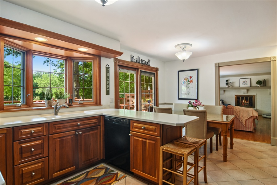 Real Estate Photography - 2 Pine Valley Rd, Rolling Meadows, IL, 60008 - Kitchen
