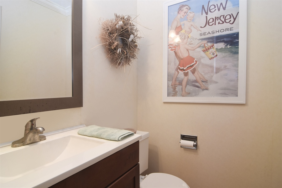 Real Estate Photography - 2 Pine Valley Rd, Rolling Meadows, IL, 60008 - Half Bath