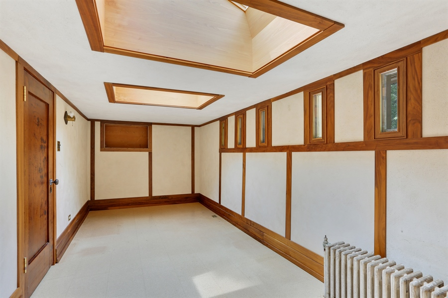 Real Estate Photography - 350 Fairbank Rd., Riverside, IL, 60546 - Bonus Room
