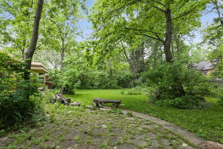 Real Estate Photography - 350 Fairbank Rd., Riverside, IL, 60546 - Back Yard