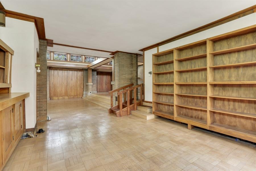 Real Estate Photography - 350 Fairbank Rd., Riverside, IL, 60546 - Den