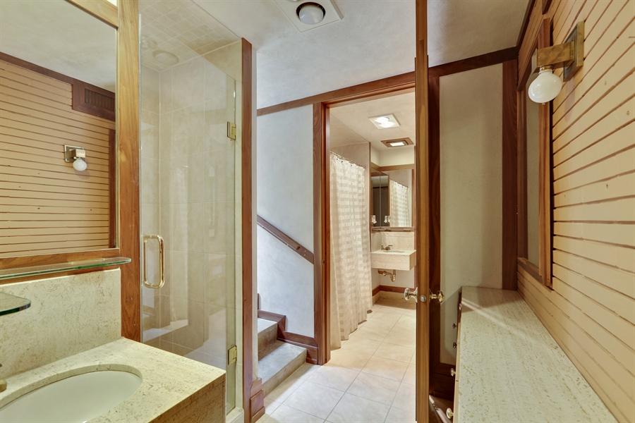 Real Estate Photography - 350 Fairbank Rd., Riverside, IL, 60546 - Bathroom
