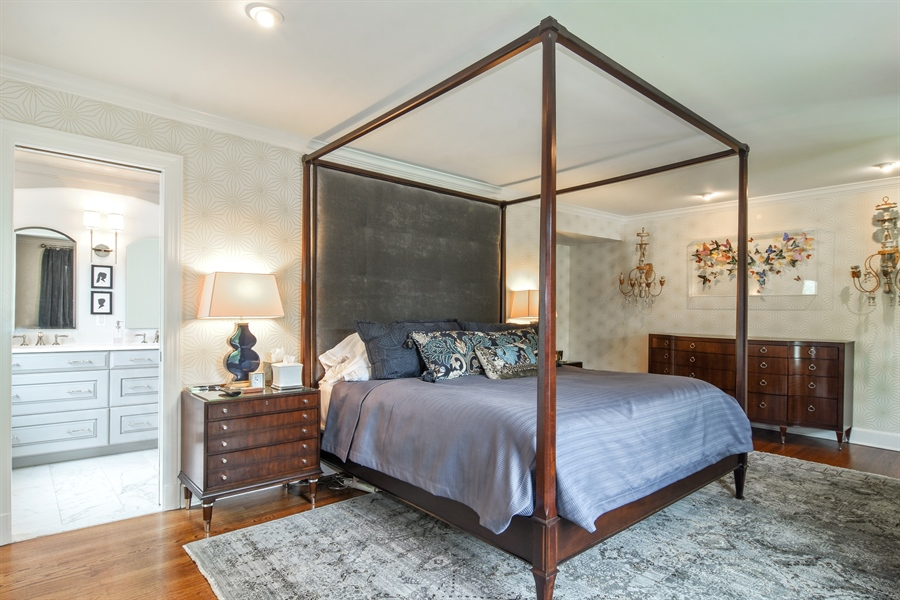 Real Estate Photography - 454 Banbury, Arlington heights, IL, 60005 - Master Bedroom