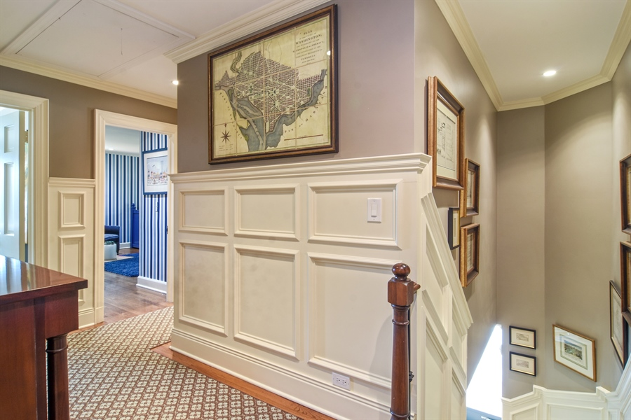 Real Estate Photography - 454 Banbury, Arlington heights, IL, 60005 - 2nd Floor