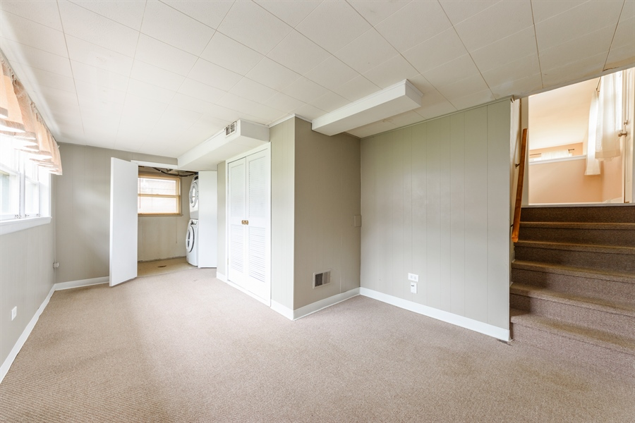 Real Estate Photography - 1320 S Evergreen AVe, arlington heights, IL, 60005 - Family Room