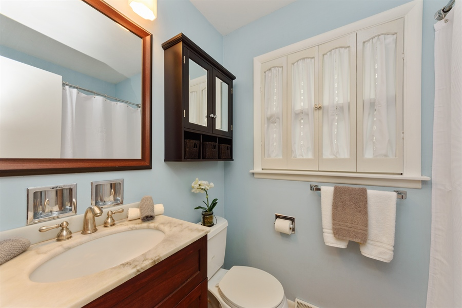 Real Estate Photography - 1320 S Evergreen AVe, arlington heights, IL, 60005 - Bathroom