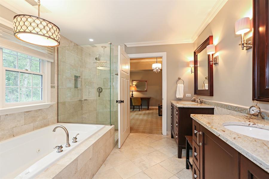 Real Estate Photography - 261 Walker Ave., Clarendon Hills, IL, 60514 - Master Bathroom