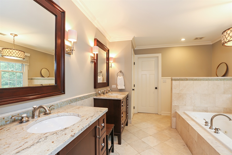 Real Estate Photography - 261 Walker Ave., Clarendon Hills, IL, 60514 - Master Bathroom (alternate view)