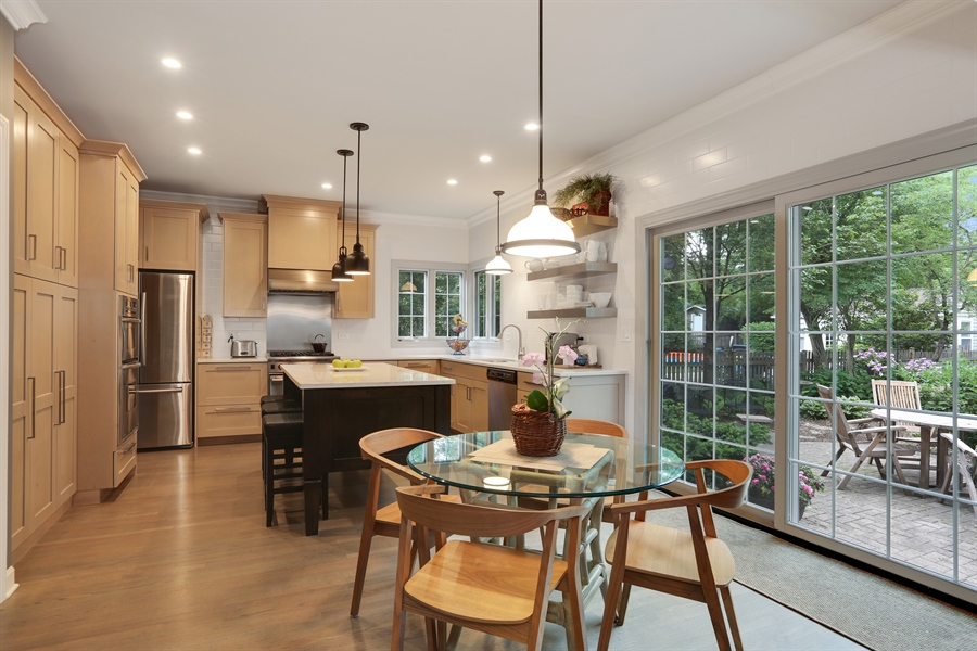 Real Estate Photography - 261 Walker Ave., Clarendon Hills, IL, 60514 - Kitchen / Breakfast Room