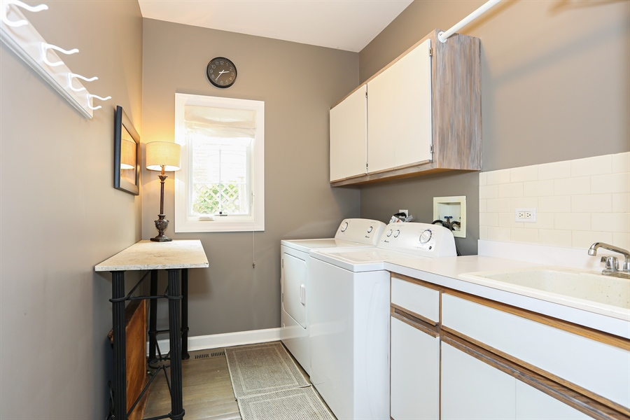 Real Estate Photography - 261 Walker Ave., Clarendon Hills, IL, 60514 - Laundry Room