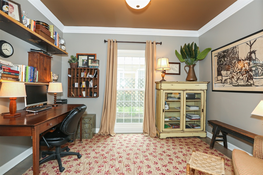 Real Estate Photography - 261 Walker Ave., Clarendon Hills, IL, 60514 - Office