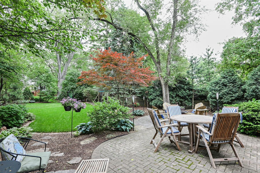 Real Estate Photography - 261 Walker Ave., Clarendon Hills, IL, 60514 - Back Yard / Patio