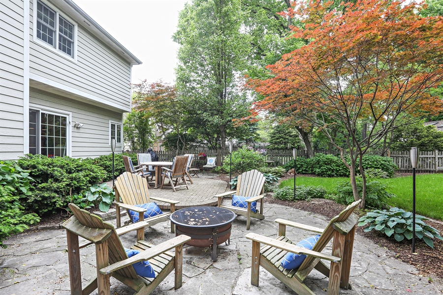 Real Estate Photography - 261 Walker Ave., Clarendon Hills, IL, 60514 - Patio