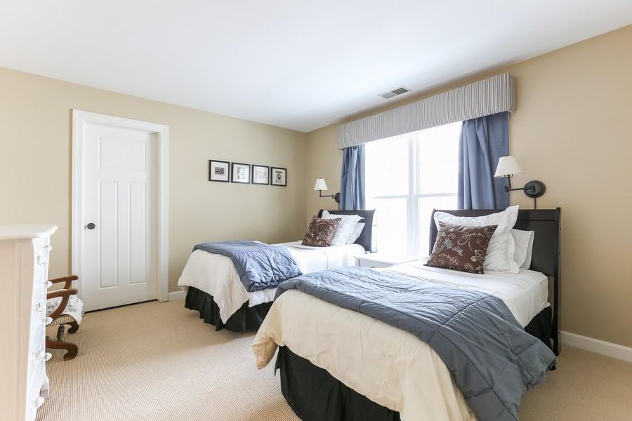 Real Estate Photography - 261 Walker Ave., Clarendon Hills, IL, 60514 - Bedroom 2