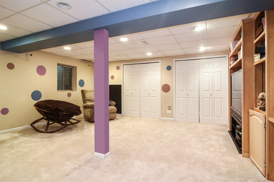 Real Estate Photography - 1960 Chamberry, Wheeling, IL, 60090 - Lower Level
