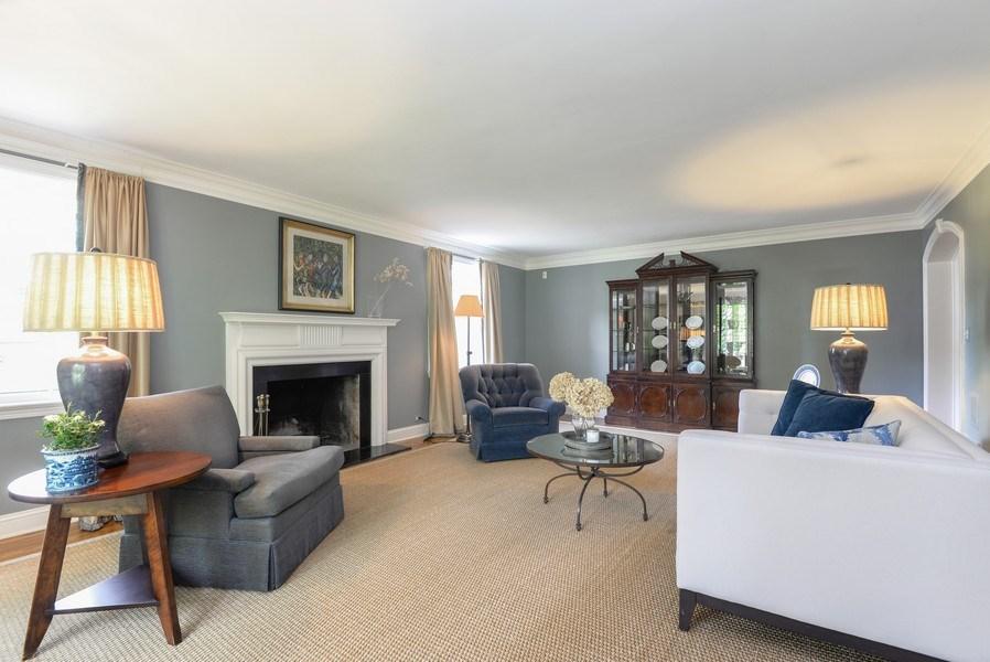 Real Estate Photography - 110 Glenwood, Winnetka, IL, 60093 - Living Room