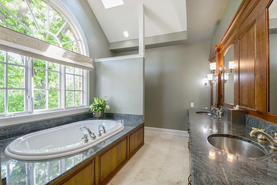 Real Estate Photography - 110 Glenwood, Winnetka, IL, 60093 - Master Bathroom
