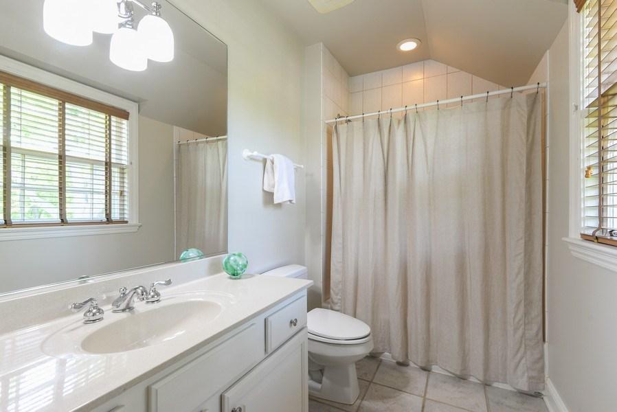 Real Estate Photography - 110 Glenwood, Winnetka, IL, 60093 - 2nd Bathroom