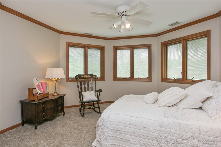 Real Estate Photography - 2 Conesus Ct, Hawthorn Woods, IL, 60047 - 2nd Bedroom