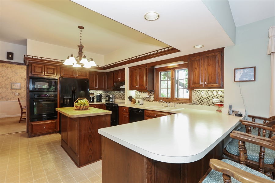 Real Estate Photography - 118 N. Monroe St., Hinsdale, IL, 60521 - Kitchen