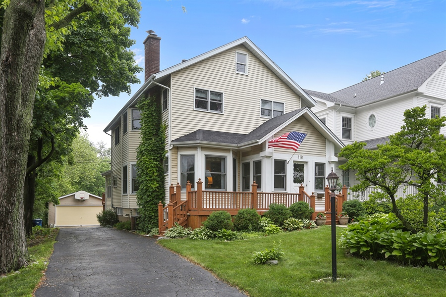 Real Estate Photography - 118 N. Monroe St., Hinsdale, IL, 60521 - Front of Home