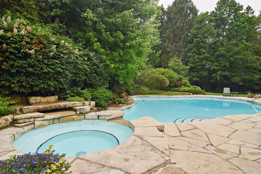 Real Estate Photography - 610 JUNEBERRY RD, RIVERWOODS, IL, 60015 - Pool