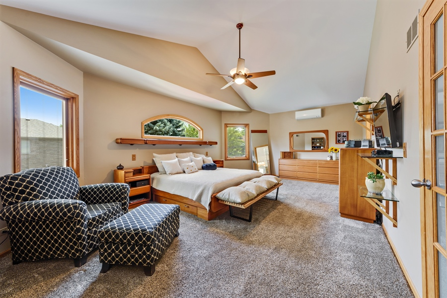 Real Estate Photography - 215 E Ryan Ct, Arlington Heights, IL, 60005 - Master Bedroom