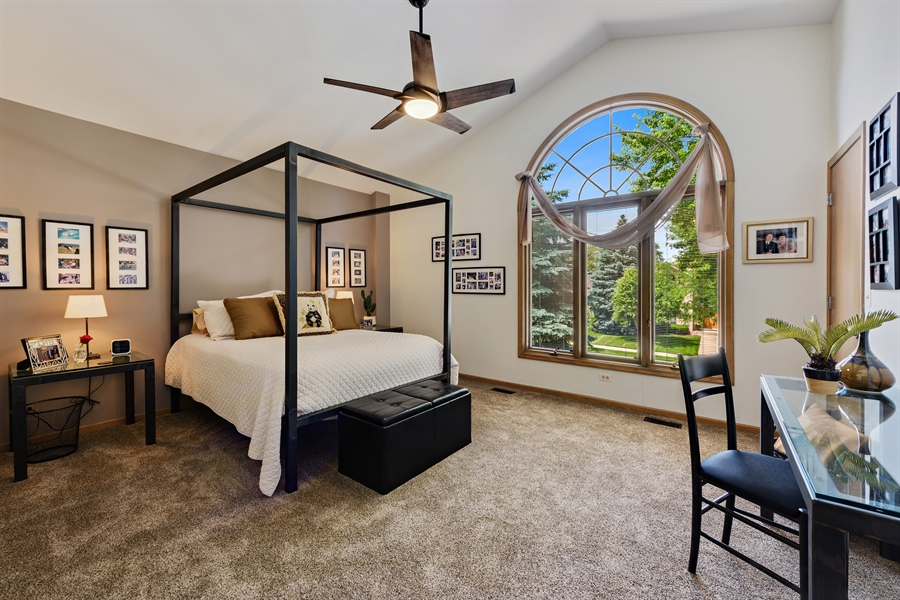 Real Estate Photography - 215 E Ryan Ct, Arlington Heights, IL, 60005 - 2nd Bedroom