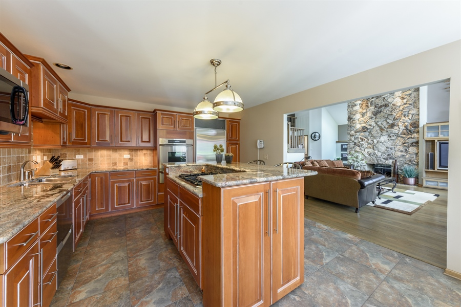 Real Estate Photography - 215 E Ryan Ct, Arlington Heights, IL, 60005 - Family Room / Kitchen