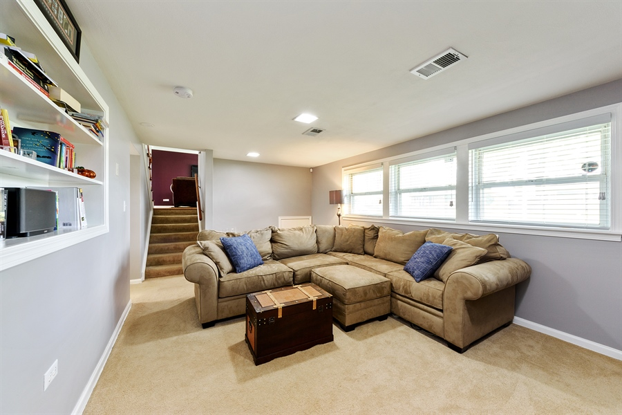 Real Estate Photography - 2148 Eastview Dr, Des Plaines, IL, 60018 - Family Room