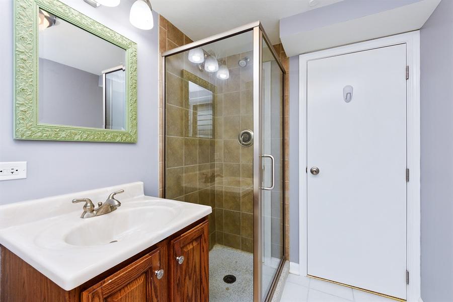 Real Estate Photography - 2148 Eastview Dr, Des Plaines, IL, 60018 - Bathroom