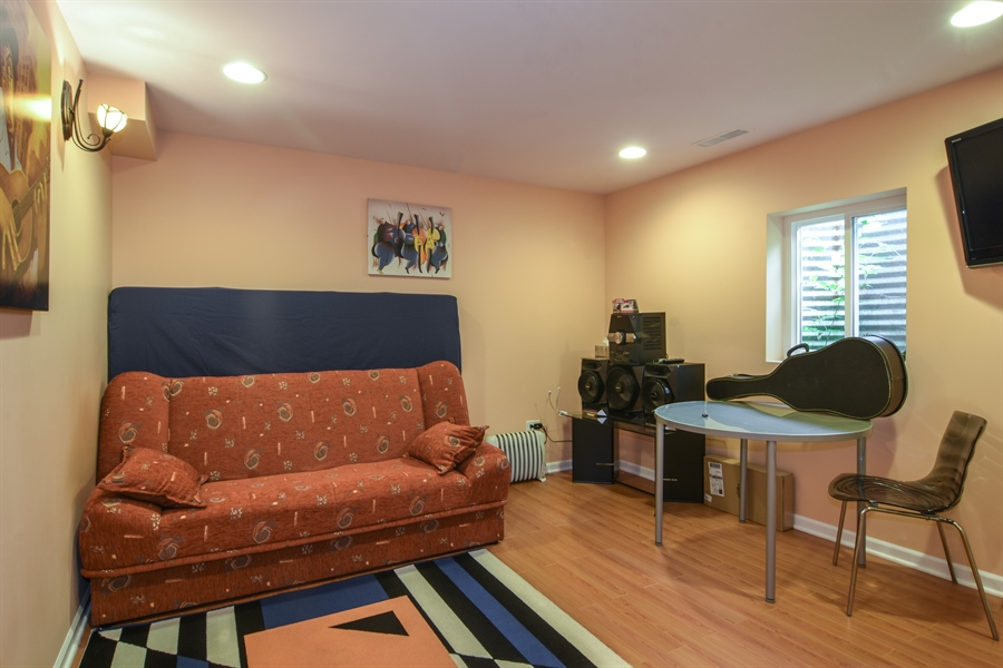 Real Estate Photography - 1237 Eric Lane, Lake Zurich, IL, 60047 - 5th Bedroom