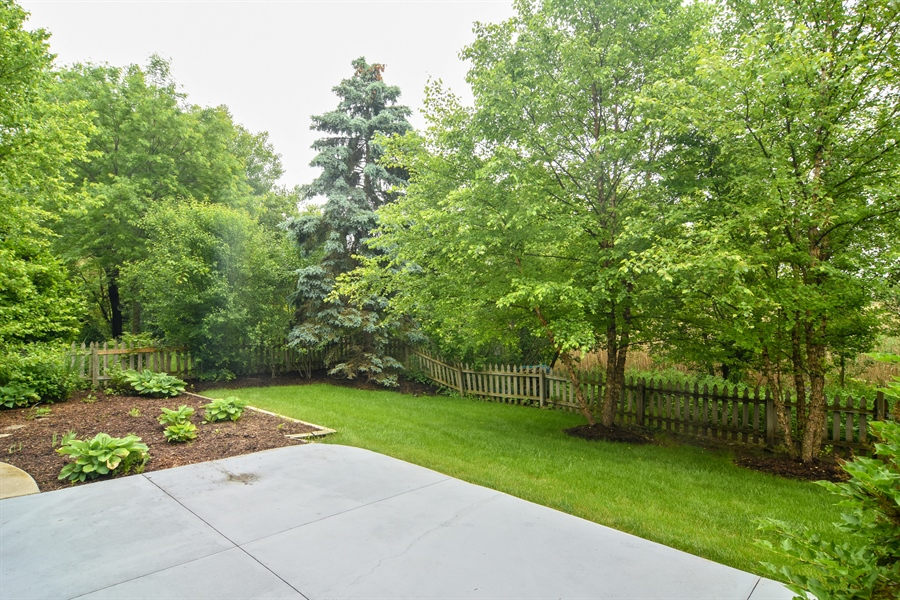 Real Estate Photography - 1237 Eric Lane, Lake Zurich, IL, 60047 - Patio