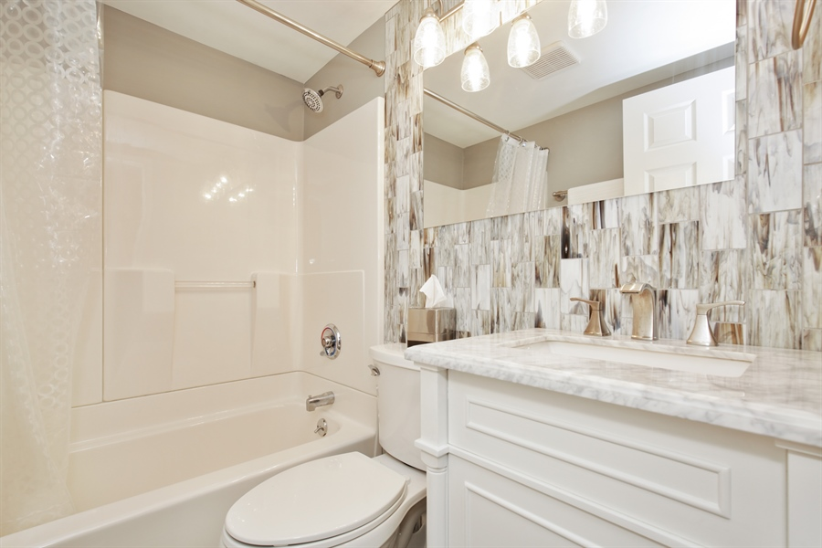 Real Estate Photography - 2000 S Valley Rd, Lombard, IL, 60148 - 2nd Bathroom