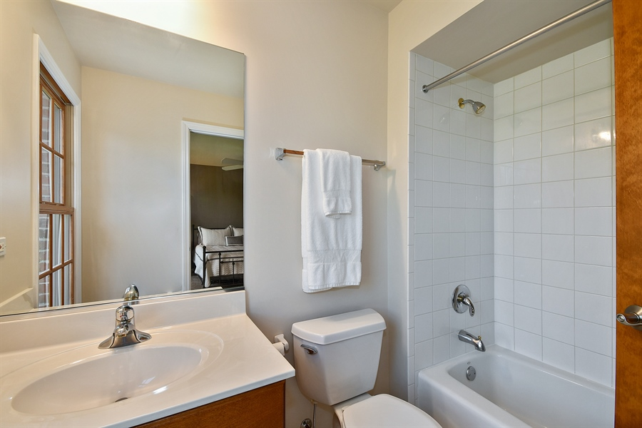 Real Estate Photography - 4135 River Ridge Dr, St Charles, IL, 60175 - 3rd Bathroom