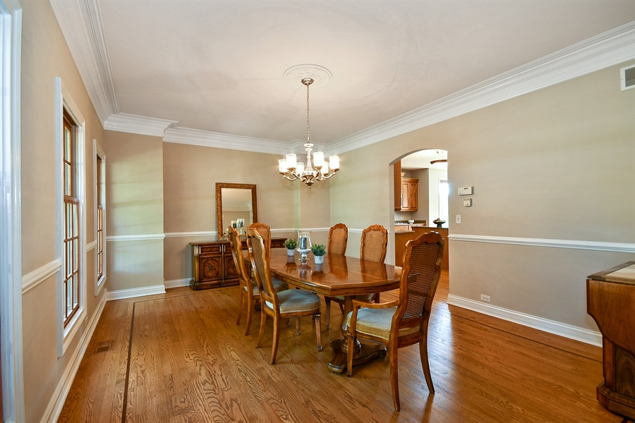 Real Estate Photography - 4135 River Ridge Dr, St Charles, IL, 60175 - Dining Area
