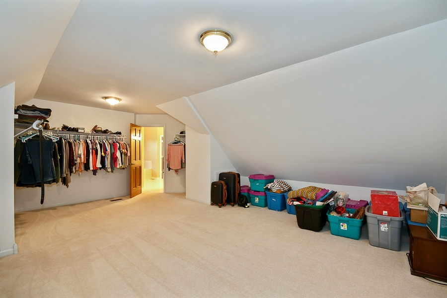 Real Estate Photography - 4135 River Ridge Dr, St Charles, IL, 60175 - Master Bedroom Closet