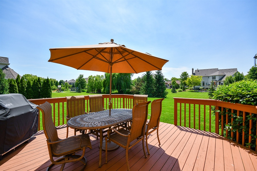 Real Estate Photography - 4135 River Ridge Dr, St Charles, IL, 60175 - Deck
