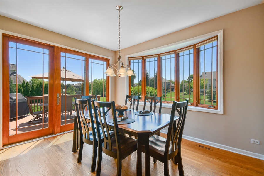 Real Estate Photography - 4135 River Ridge Dr, St Charles, IL, 60175 - Breakfast Nook