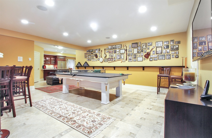 Real Estate Photography - 906 Queens, Glenview, IL, 60025 - Basement Recreation Room