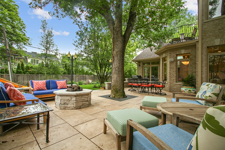 Real Estate Photography - 906 Queens, Glenview, IL, 60025 - Patio