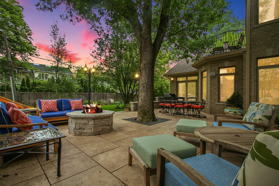 Real Estate Photography - 906 Queens, Glenview, IL, 60025 -