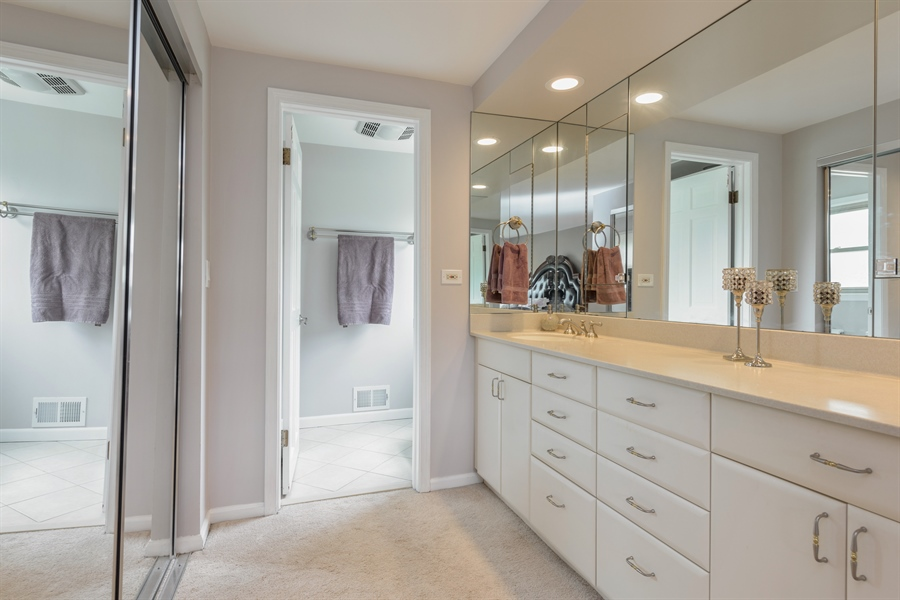 Real Estate Photography - 3219 MARY KAY, GLENVIEW, IL, 60026 - Master Bathroom